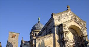 Offrir une messe à la Basilique Saint-Martin de Tours