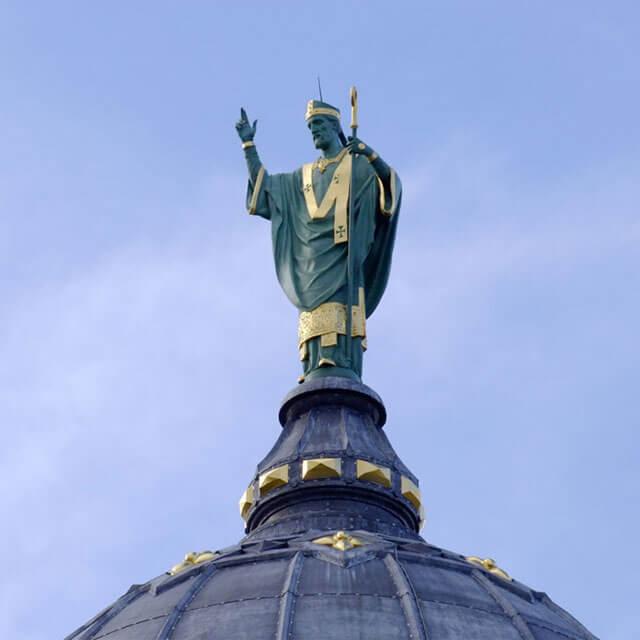 Statue de Saint-Martin de Tours