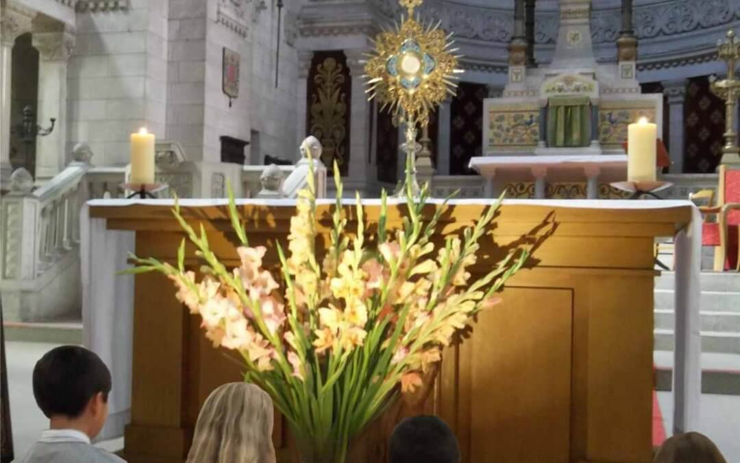 Éveil à la prière d'Adoration