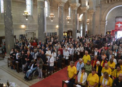 messe-internationale-foule-nef